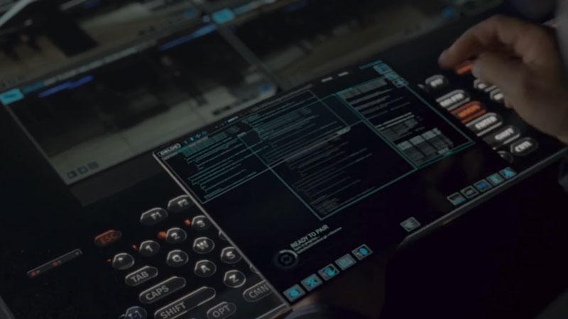 Les smartphones pliables dans la science-fiction : Episode 2 :  le Tri-Told de Westworld